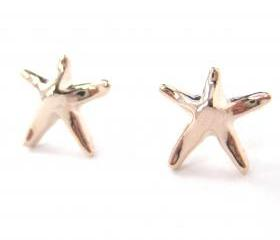 Small Starfish Star Shaped Stud Earrings in Light Bronze